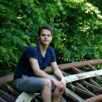 Julan Ausländer's Photo