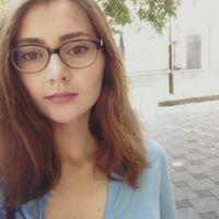 Yana Razumovska的照片
