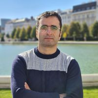 Hossein Kermani's Photo