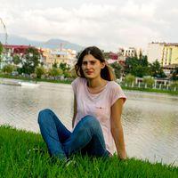 bahar kurt's Photo