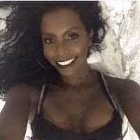 Tainara Ngabile's Photo