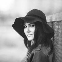 Lena Bril's Photo