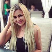 Oksana Ksenija's Photo