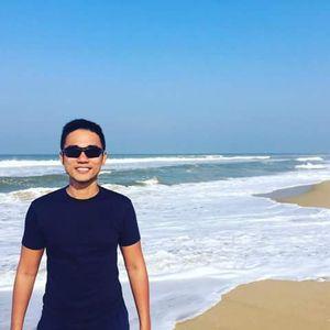 Kha Le's Photo