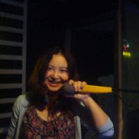 young Lulu's Photo