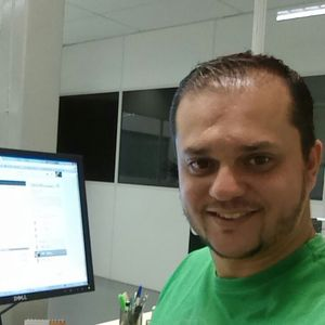 Adriano  Fernandes's Photo