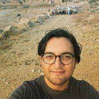 Bayar Menzat's Photo