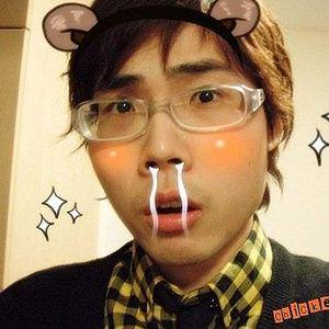 CHI Lee's Photo