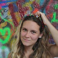 Lara Benitez's Photo