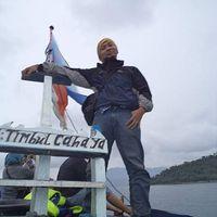 oki Almatubari's Photo