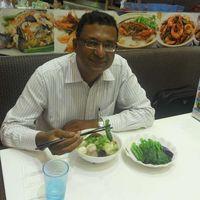 Vinod PONNAN's Photo