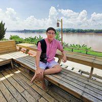 Chinakom Charoenwattanateerakul's Photo