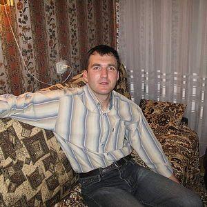 dimitri Podlutskiy's Photo