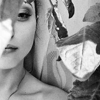 Yana Aleksii's Photo