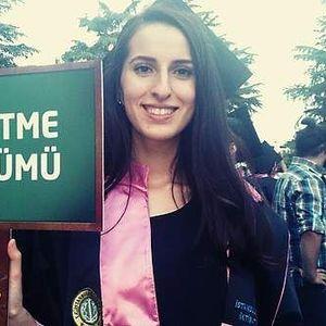 Nur Yıldız's Photo