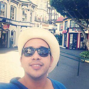 LEONARDO LARA's Photo