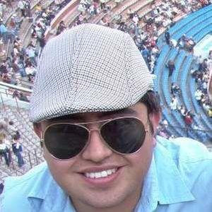 Cesar Flores's Photo