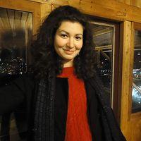 Eve Chalakova's Photo