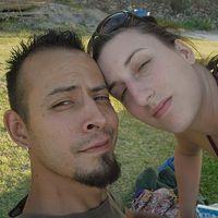 Karin y Antonio Romero's Photo
