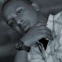 Raymond Kimuli's Photo