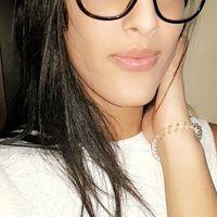 Yasmine Az's Photo
