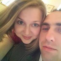 Ania & Daniel Bialik's Photo