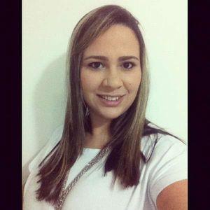 Luciana Brito's Photo