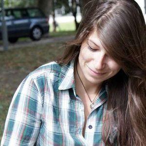 Caroline Rey's Photo