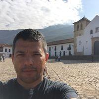 Carlos  Ayala's Photo