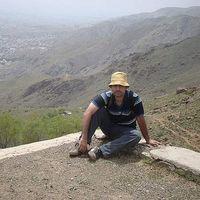 Hossein Mahdavi's Photo