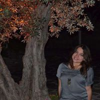 Alara Acaroglu's Photo