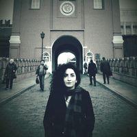 fereshte amani's Photo
