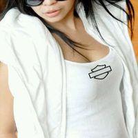 Nadya  Verani's Photo