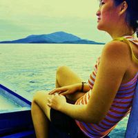 Yessy Neliana's Photo