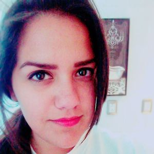Monica Flores's Photo