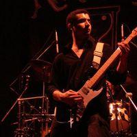 Lien Tori's Photo