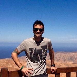 Mo Tinos's Photo