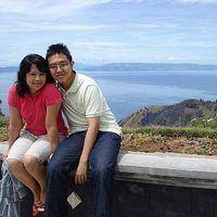 Fabi and Meisi Kacaribu's Photo