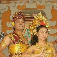VARI & RANGGA's Photo