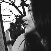 Laetitia Nhouyvanisvong's Photo