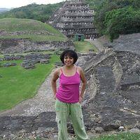 Lizbeth Damian's Photo
