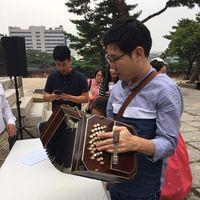 Jakun Koo's Photo