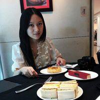 Sabrina DENG's Photo