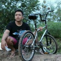 Eri Adnyana's Photo