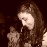 Macarena Gomez's Photo