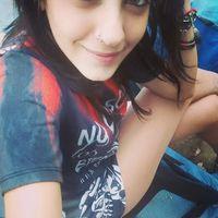 Paola Yazmin's Photo