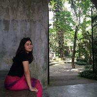 Tira Amandita's Photo
