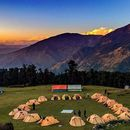 Foto de Spiritual Trip Trekking In Himalayas . Uttrakhand