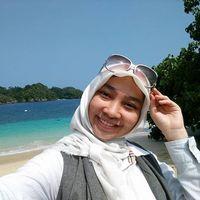 Isna Putri's Photo