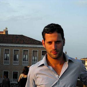 Ariel Lev's Photo